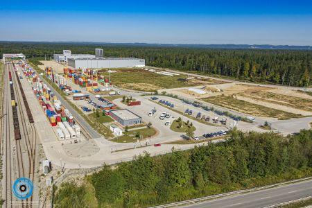 Luftaufnahme Güterverkehrszentrum Burghausen 2019